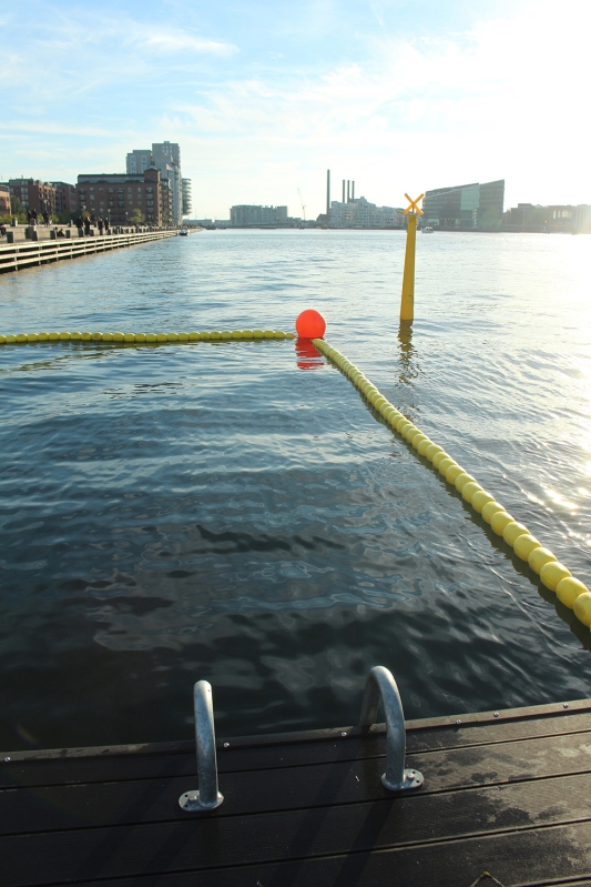 copenhagen-very-joelle-swim